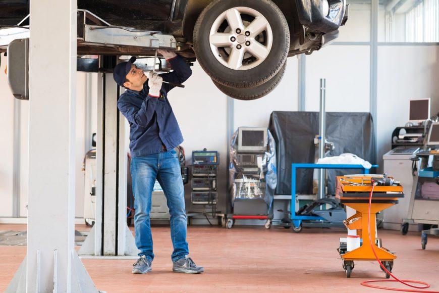 ¿Cuándo hacer una revisión de la suspensión de mi automóvil?